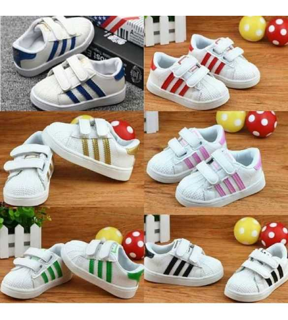 WS051 - Shoes Superstar White (MED SIZE)