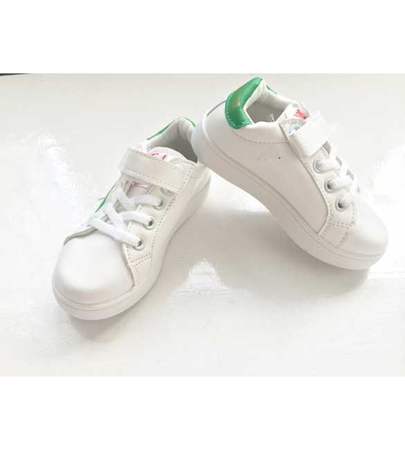 WS056 - Star Sneakers White Green (MED SIZE)