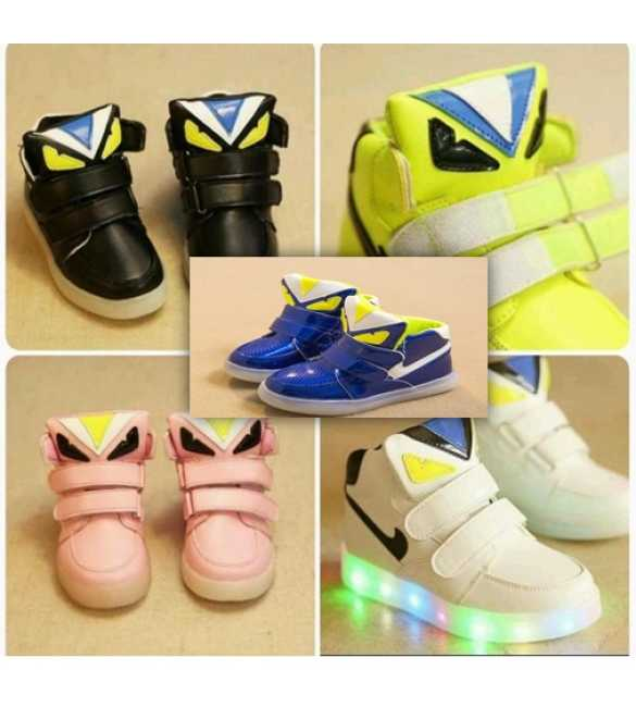WS062 - LED Shoes Anak Import (MED SIZE)