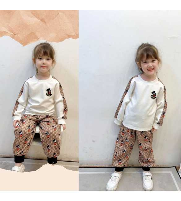 Setelan anak sweater putih mickey mouse